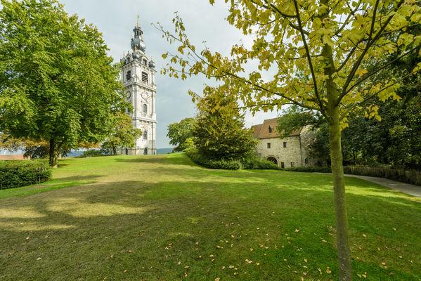 Parcchateau-herbe-WBT-JPRemy.jpg