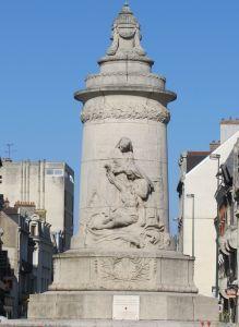 Monument aux Infirmières (2)_WEB© Office de tourisme de Reims.jpg