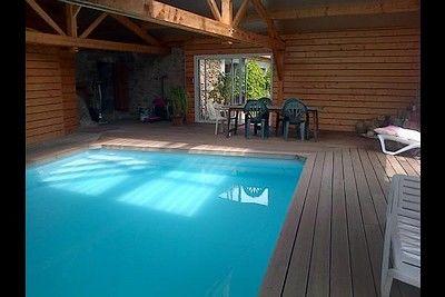 les vaux-piscine1-sit.jpg