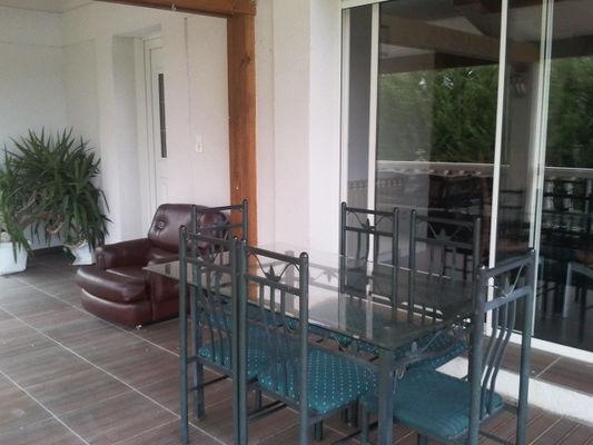 La Guignolette chambre hote terrasse.JPG.jpg