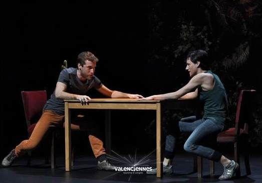 ©Joas.Octavio-spectacle-danse-a-gesture-festival-next-valenciennes-tourisme.jpg
