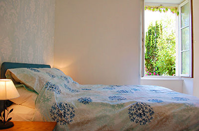 gite-chiche-moulin-bardeas-Master bedroom-400.jpg