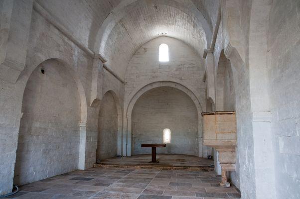 Chapelle Saujan Intérieur.jpg