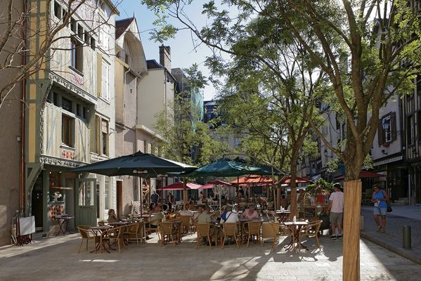 Place du Marché aux pains D le Nevé OT Troyes.jpg