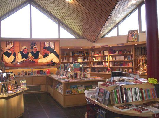 librairie la Coudre (2).jpg