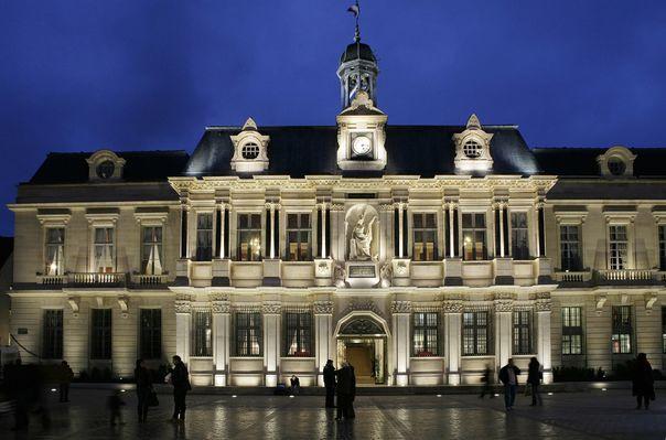 Hotel de Ville - C. Bell - Ville de Troyes (1).jpg