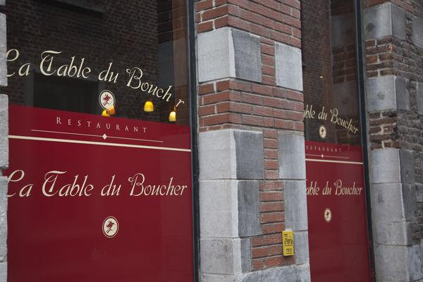 Latableduboucher-facade3-Mons.jpg