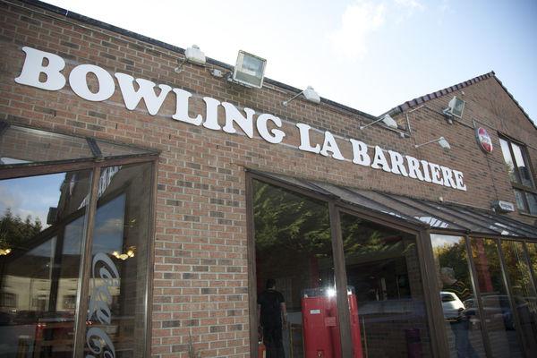 bowlinglabarriere-enseigne3-mons.jpg