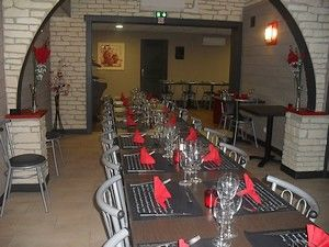 salle-restaurant4-petit.JPG