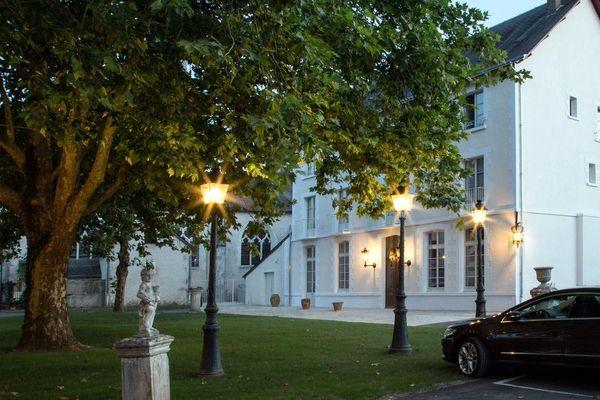 Hôtel Relais des Trois Châteaux à Cour-Cheverny