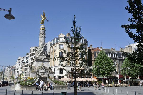 Place Drouet d'Erlon (6)© M. Jolyot.jpg