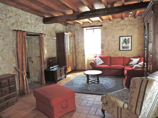 Grand salon confortable