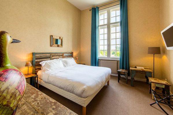 Chambre double spacieuse et confortable