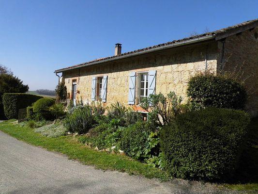 Village de Savignac Mona