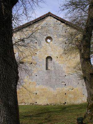 Chevet de Saint-Pierre de Genens