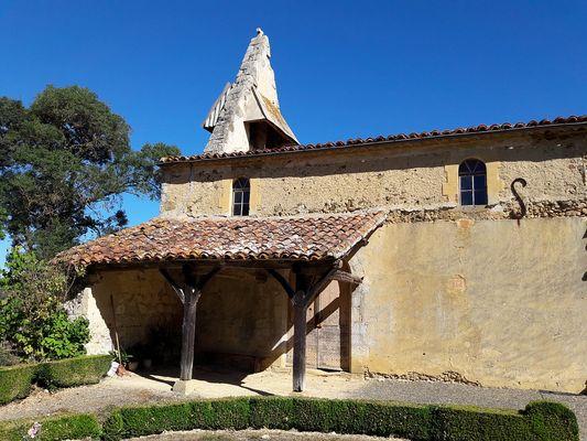 Armagnac Confidentiel : vignes et chapelles