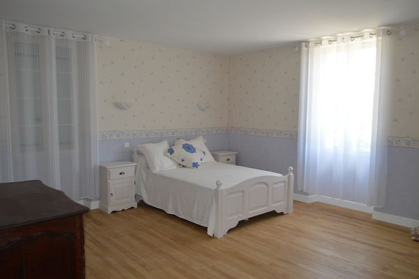 CHAMBRE DOUBLE SPACIEUSE