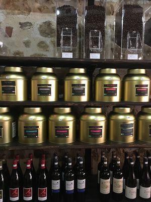 Epicerie et salon de thé dans le Gers