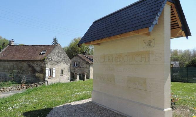 Monument 27e regiment des dragons - Vingre © OT Villers-Cotterets (2)