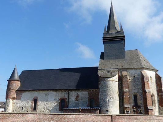 Eglise fortifiée < Morgny-en-Thierache < Aisne < Picardie