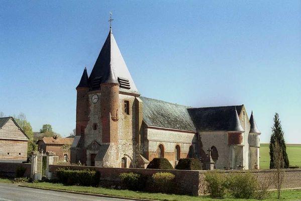 Eglise fortifiée < Noircourt < Aisne < Picardie
