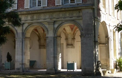 Abbaye Saint-Nicolas-des-prés < Ribemont