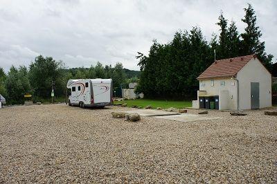 Aire d'accueil de Zaza service < Chavignon < Aisne < Picardie