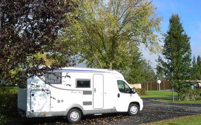 Aire d'accueil et de services_camping-car < Château-Thierry < Aisne < Picardie