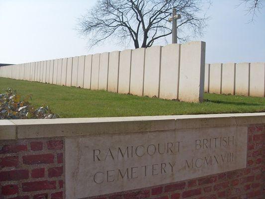 Cimetière britannique de Ramicourt < Guerre 14-18 < WWI < Ramicourt < Aisne < Picardie < France