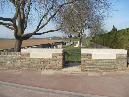 Extension du cimetière de Serain < Guerre 14-18 < WWI < Serain < Aisne < Picardie < France