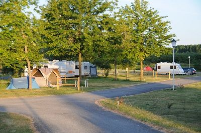 Camping < Guignicourt < Aisne < Picardie