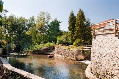 Charme au fil de l'eau ext4 < Vendières < Aisne