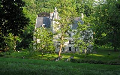Château des Fossés vue de face < Haramont < Aisne < Picardie