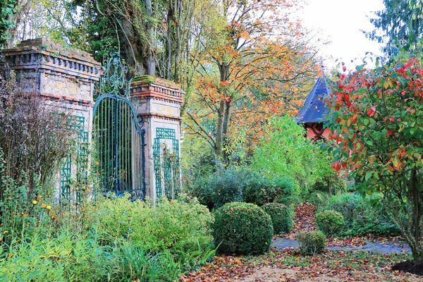 Chateau marjolaine chateau thierry belle et la bete parc marne (54) - Les Gommettes de Mélo