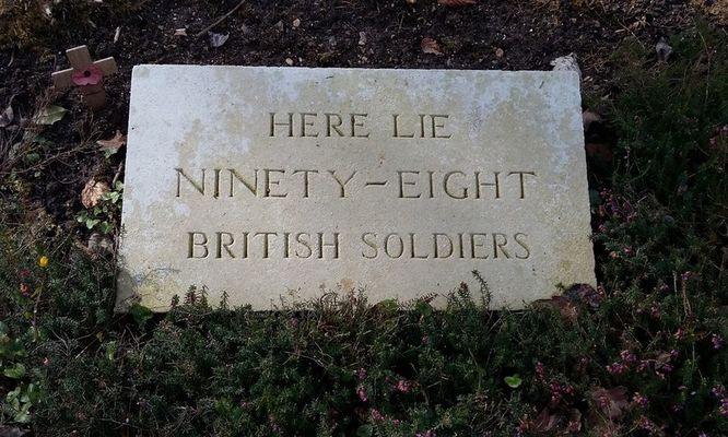 Cimetiere britannique en foret de Retz - première guerre mondiale ©OT Villers-Cotterets (5)