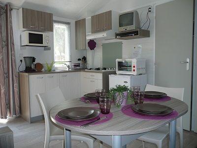 Domaine de la Nature mobile home int < Presles et Boves < Aisne