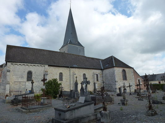 Eglise fortifiée < Any Martin Rieux < Aisne < Picardie