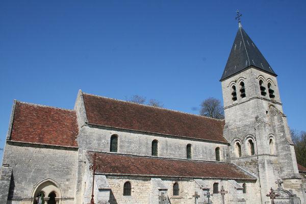 Eglise 2015 I < Presles-et-Thierny < Aisne < Picardie