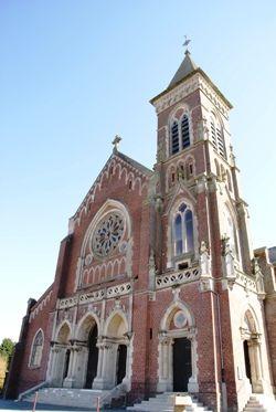 Eglise_facade < Bohain-en-Vermandois < Aisne < Picardie