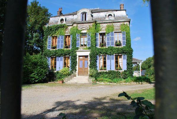 EPARCY Le Château