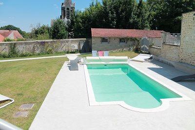 Gîte Adelaïde piscine < Craonelle < Aisne < Picardie