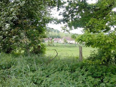Gîte de la Bergerie jardin < Brie < Aisne