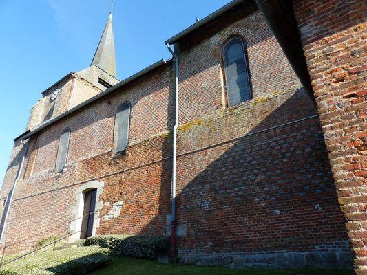 Eglise fortifiée d'Harcigny < Thiérache < Aisne < Picardie