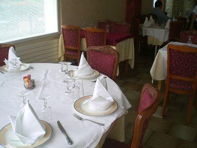Hôtel de Guise salle < Guise < Aisne < Picardie