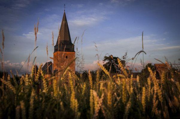 Eglise < Lavaqueresse < Thiérache <  Aisne < Picardie < Hauts de France