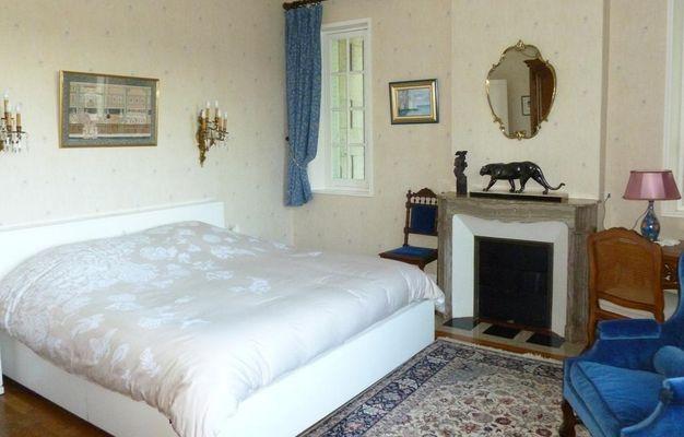 La chambre au chateau de Pernant (4)