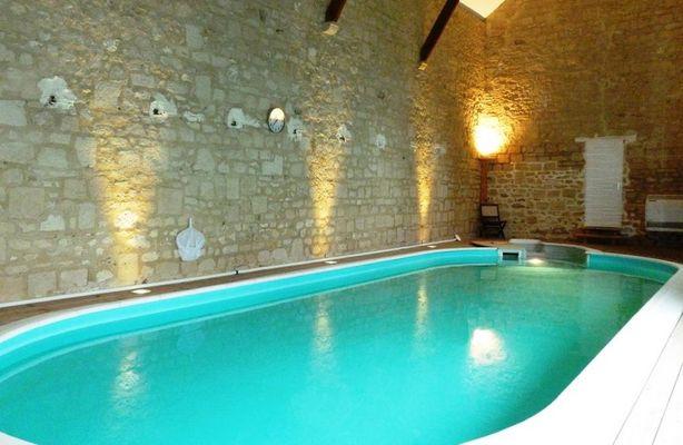 La chambre au chateau de Pernant (1)