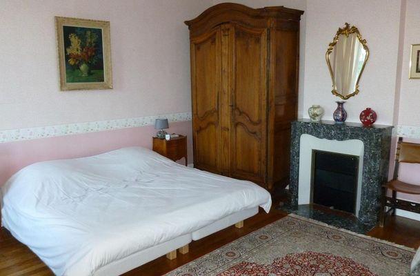 La chambre au chateau de Pernant (3)