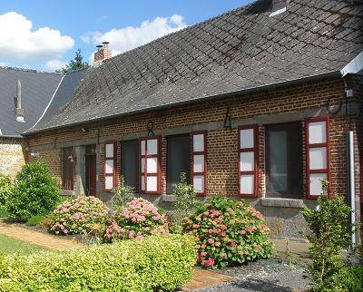 La fermette d'Englancourt facade < Englancourt < Aisne < Picardie