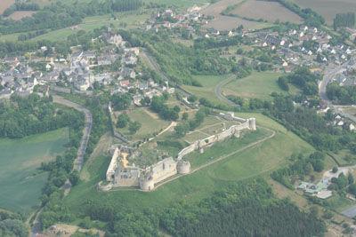 Les ailes soissonnaise Vue de Coucy Soissons < Aisne < Picardie